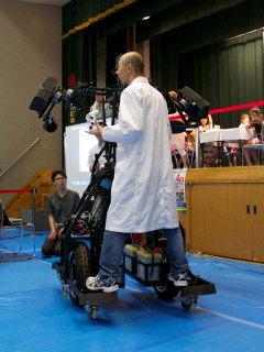ロボットカーに搭乗