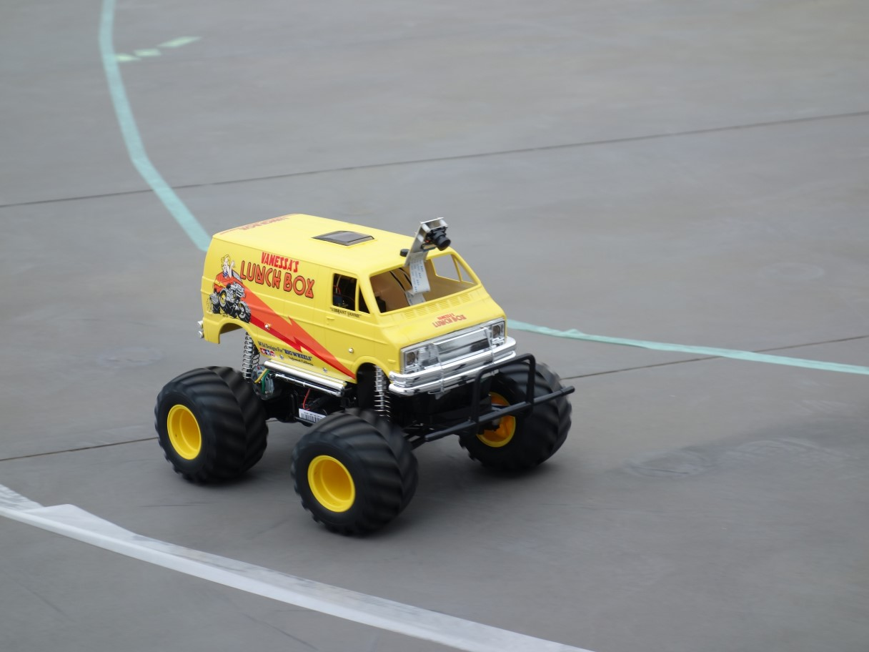 ラジコンカーの自動運転(ドンキーカー)人工知能(AI)外部リンク