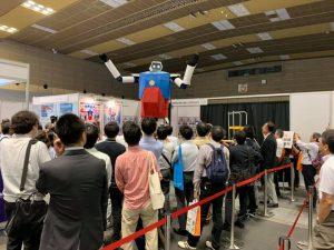 サービスロボット展のデモの様子の写真