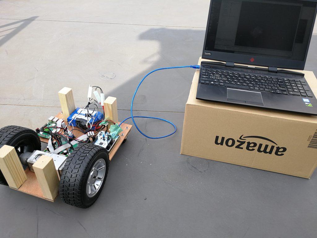PCとロボットカートを接続