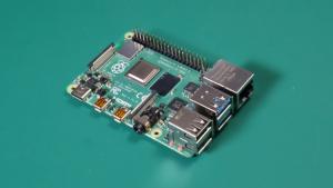 【Pythonではじめる】ラズベリーパイと電子工作入門の写真